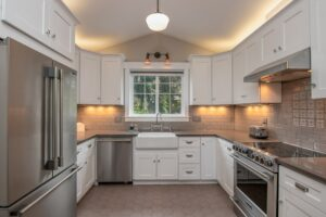 3 Tips for Your Annapolis Kitchen Lighting Installation